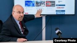 Juan Antonio Blanco, Director Ejecutivo de la Fundación para los Derechos Humanos en Cuba, en conferencia de Prensa ofrecida en la FHRC (Miami, 26 de abril de 2018).
