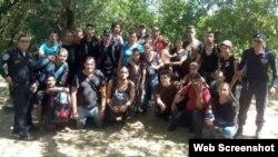 Entre los 28 cubanos detenidos en Choluteca, Honduras, había 16 hombres, ocho mujeres y cuatro niños.