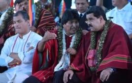 Correa, Evo y Maduro en la conferencia sobre cambio climático de Tiquipaya.