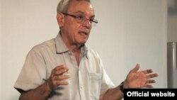 """Eusebio Leal en el Encuentro de Rescate y Promoción de la Cultura Culinaria """"Saborear lo cubano""""."""