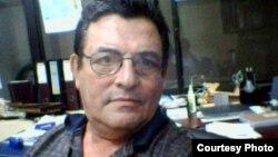 Ha muerto en Miami el destacado intelectual cubano, Bernardo Marquez Ravelo.