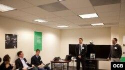 Los ejecutivos de OCB en una presentación ante la Comisión de Innovación de BBG.