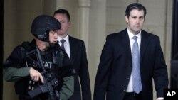 Michael Slager, conducido a la sala del tribunal
