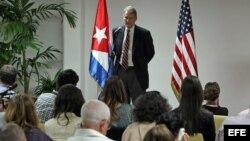 EEUU y Cuba sostendrán diálogo sobre migración y narcotráfico