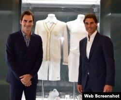 Roger Federer (i) y Rafael Nadal (d). Foto tomada del Twitter de Federer.