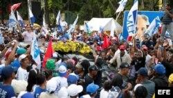 Candidato opositor, Luis Abidaner, cierra su campaña política con una concentración en Santo Domingo