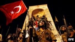 Golpe de Estado en Turquía en desarrollo