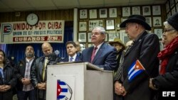 Bob Menendez sobre la muerte de Fidel Castro