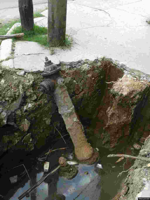 Reporta Cuba. Problemas que afectan a vecinos del municipio 10 de Octubre.