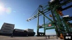 Vista de la terminal de contenedores del puerto del Mariel, Cuba.