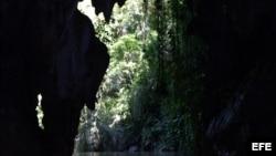 Cueva en Viñales, Pinar del Río.