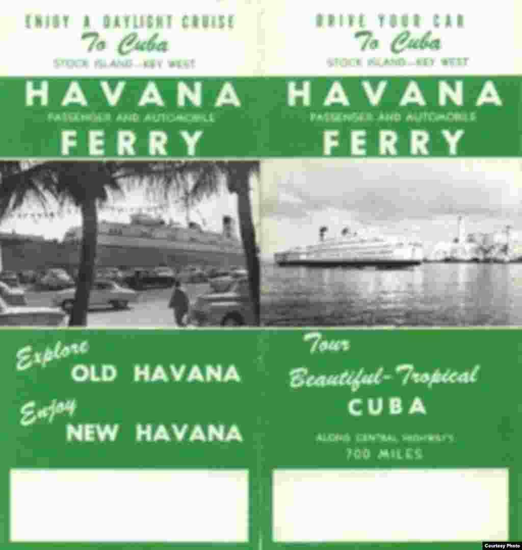 """""""Maneje su auto a Cuba"""", invita este folleto promocional para viajar en ferry a La Habana."""