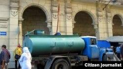 Las quejas de la población por la escasez de agua en varias localidades de La Habana han sido permanentes. (Foto: Mario Hechavarria)