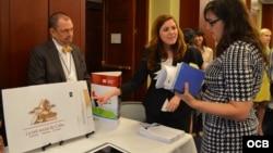 OCB debuts two new tools to reach cubans