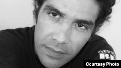 Médico cubano critica medidas aduaneras en carta a Castro