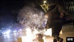 Disturbios al término de las marchas por la dignidad que han convocado a decenas de miles de manifestantes en Madrid, España.