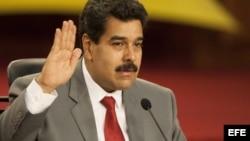 El presidente venezolano, Nicolás Maduro, afirma que no acepta las condiciones de la MUD para establecer un diálogo de paz.