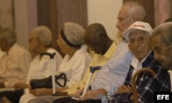 ARCHIVO. Ancianos de más de 100 años en el Tercer Encuentro Internacional de Centenarios.