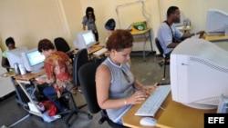 Cuba - Internet - A las autoridades les preocupa el potencial de la web para la movilización social.