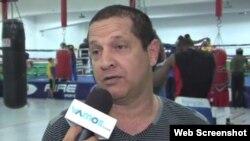 El cubano Rafael Iznaga entrena a los boxeadores colombianos que asisten a los Juegos Olímpicos de Río-2016.