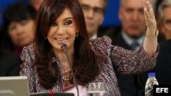 Senadora argentina asegura que la etapa de los Kirchner ha terminado