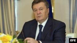 Viktor Yanukóvich y oposición logran acuerdo