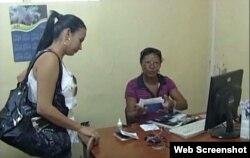Reporta Cuba Camaguey Colas y larga espera en oficinas del Carnet de identidad