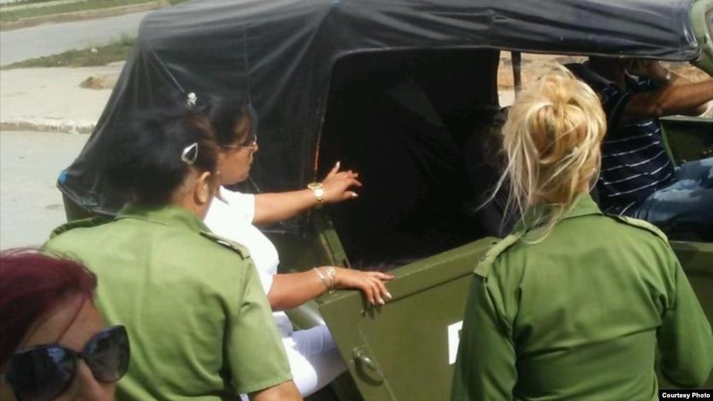 Detención de Damas de Blanco Febrero 18 2018
