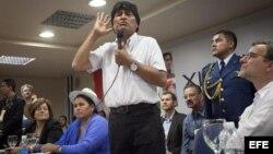 El presidente de Bolivia, Evo Morales, dijo en el Foro que no se puede dar a la derecha la posibilidad de que siga gobernando.