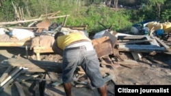 Ayudan a ciudadanos que el gobierno les demolió sus casas