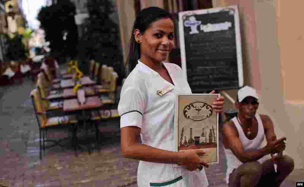 Las 1.700 paladares contabilizadas en Cuba, centenares de ellos en La Habana, son restaurantes de estándares internacionales que rivalizan en calidad, en decoración original y en servicio con los estatales.