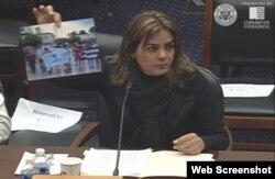 Sara Marta Fonseca habla en el Congreso de EEUU.