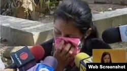 La esposa del chófer de la Embajada de Cuba asesinado habla para los medios de comunicación.