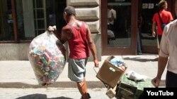 Operativo contra ilegalidades en barrio Colón, en Centro Habana