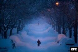 Washington sepultada bajo la nieve por la tormenta Jonas. EFE
