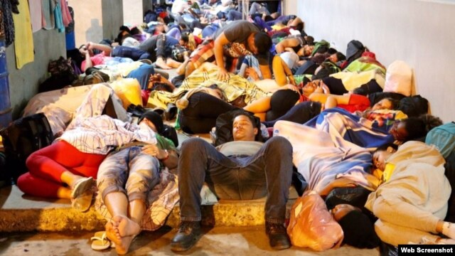 Otra reunión de SICA termina sin solución a la crisis migratoria de cubanos en Centroamérica. (Screenshot/ticotimes.com)