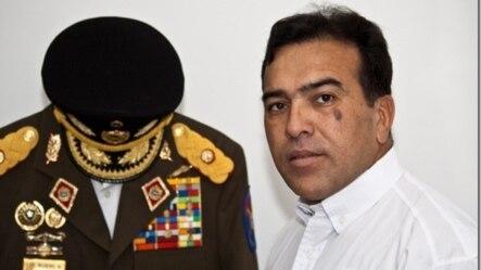 En 2010, el general Antonio Rivero pidió la baja del Ejército venezolano por su desacuerdo con la injerencia cubana en la FANB.