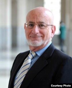 El economista Richard Feinberg (Wilson Center)