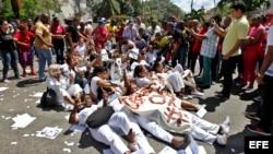 Protesta de las Damas de Blanco. Foto Archivo