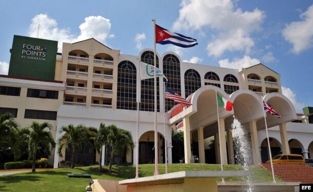 """Vista del hotel """"Four Points by Sheraton"""", primer hotel en ser administrado por una cadena estadounidense en Cuba desde 1959."""