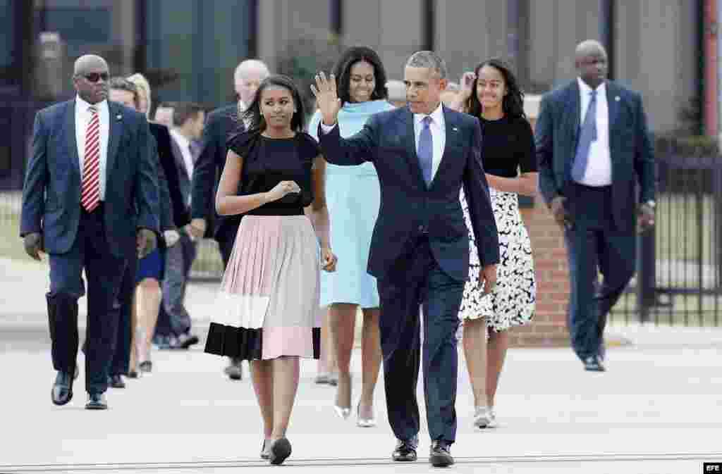 El presidente de Estados Unidos y su familia van al encuentro del papa Francisco
