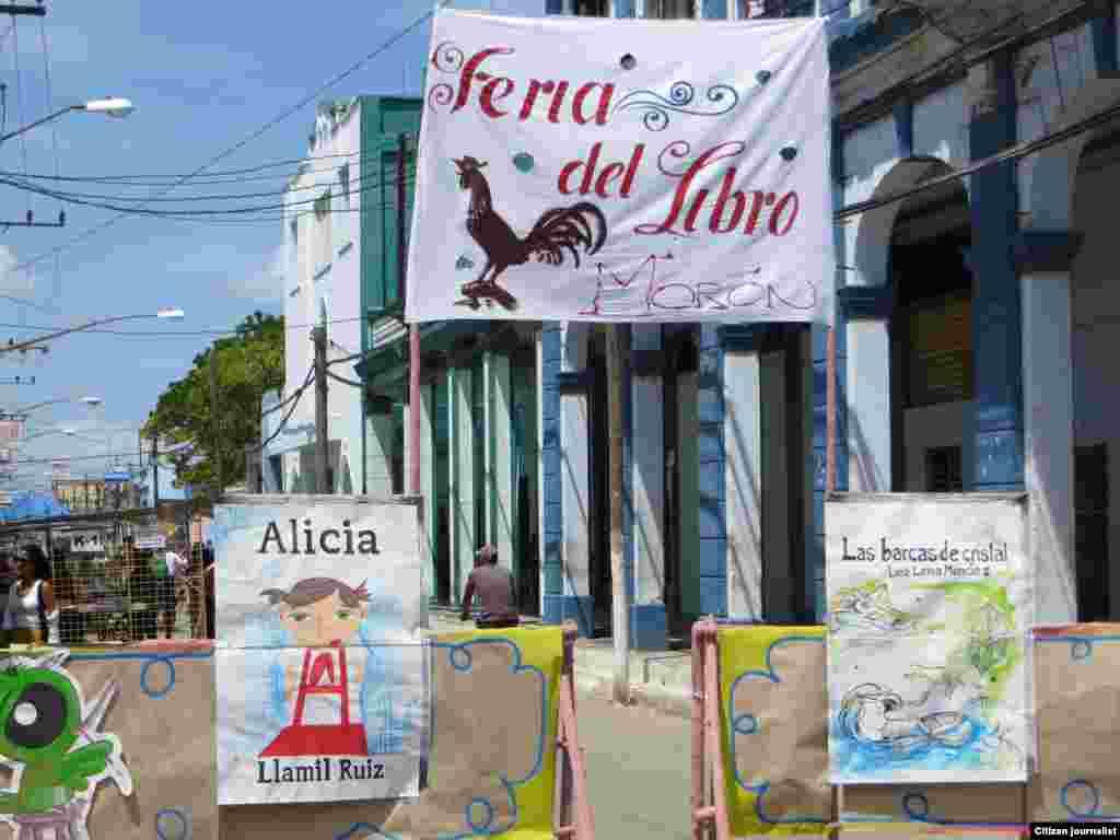 Reporta Cuba foto NIlo Alejandro Feria del Libro en Moron