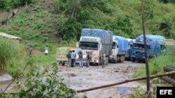 Caminos bloqueados por campesinos en el interior de Bolivia.