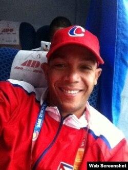 Yadiel Hernández. Foto tomada de su página de Facebook.