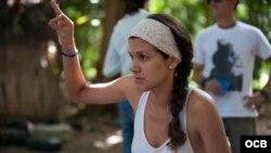 """1800 Online con Jessica Ridríguez Sánchez-Ponte, Directora de """"Espejuelos Oscuros""""."""