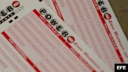 Foto de archivo del juego de la lotería estadounidense conocido como Powerball.