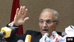 El general retirado y candidato presidencial egipcio Ahmed Shakif
