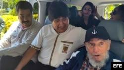 Castro y Maduro sorprenden a Morales en el hotel donde se aloja, según agencia estatal boliviana ABI.