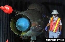 Dos MiG-21 BIs fueron hallados en contenedores ocultos bajo azúcar cubana en el barco norcoreano Chong Chon Gang
