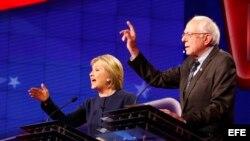 Debate entre Clinton y Sanders.